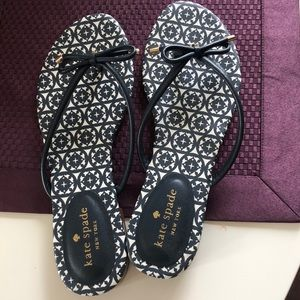 NWOT Kate Spade leather bow sandals, 7.5